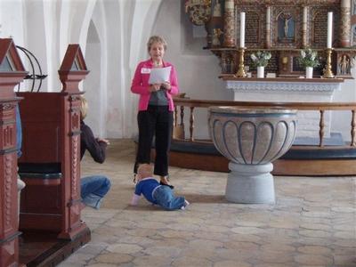 Indenfor i Kalvehave kirke